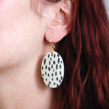 Load image into Gallery viewer, JENN EARRINGS // RAINDROPS