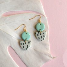 Load image into Gallery viewer, MARIE EARRINGS // RAINDROPS