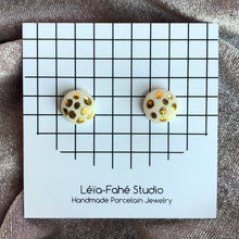 Load image into Gallery viewer, PRALINE STUDS // GOLD DOTS