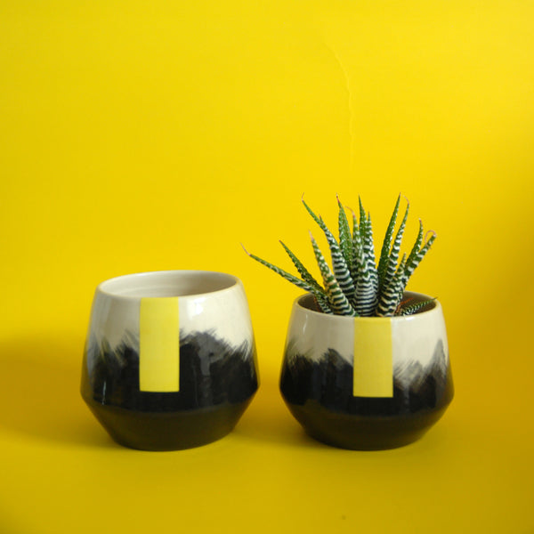 PLANTER // YELLOW STRIPE