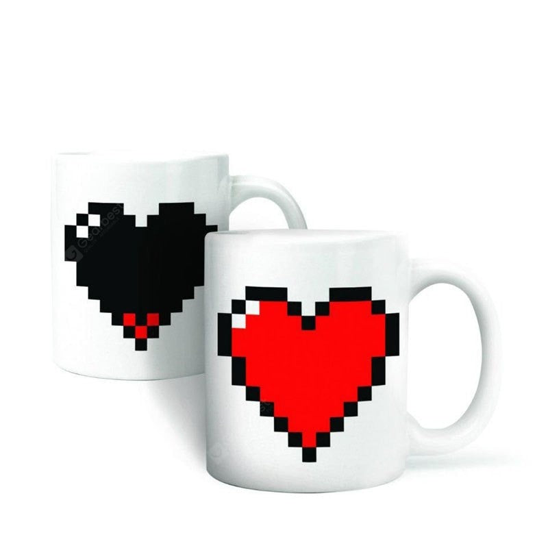 Hot Changing Color Cups Heat Reactive Mugs Heart Shaped Drinkware