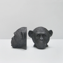Load image into Gallery viewer, Monkey Head Bookends - Black