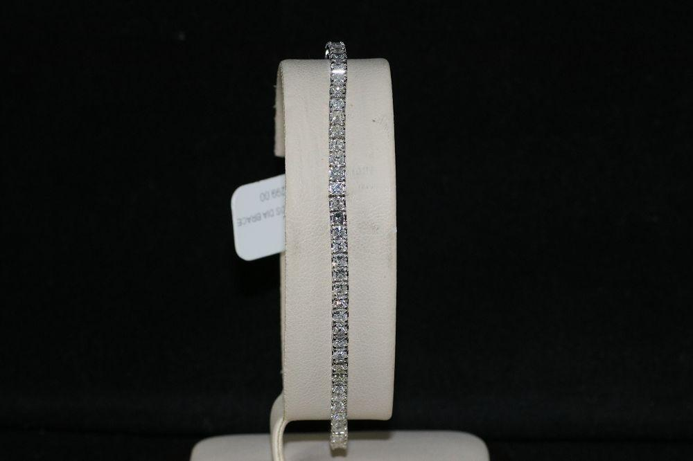 14K White Gold 3.00 Carats Princess cut Diamonds Bracelet