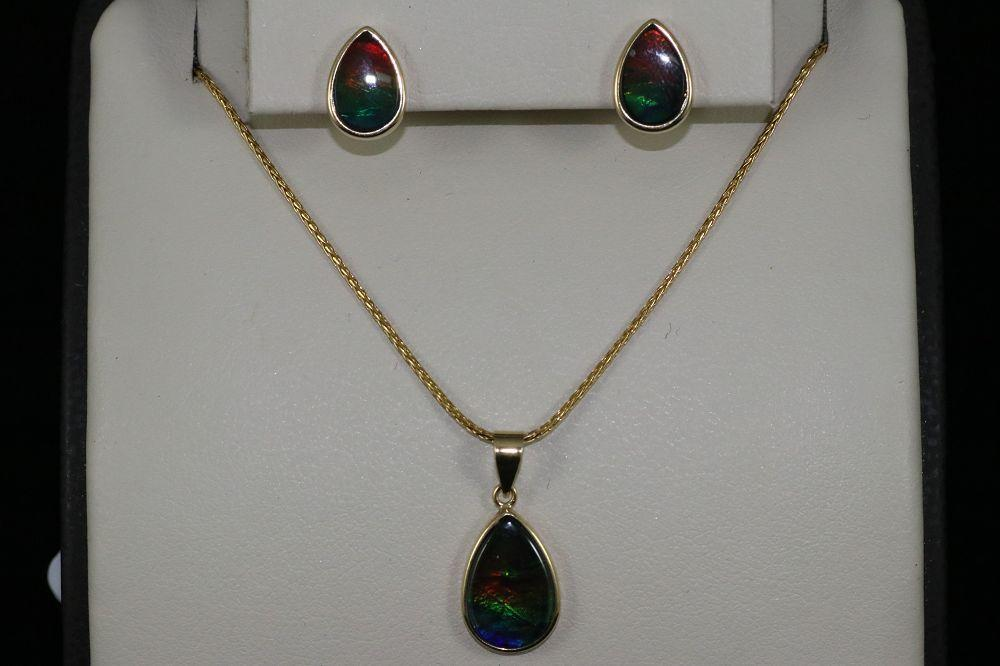 14K Yellow Gold Opal Earrings and Pendant