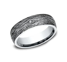 Load image into Gallery viewer, Sculpted White Gold 6mm Wood Motif Ring