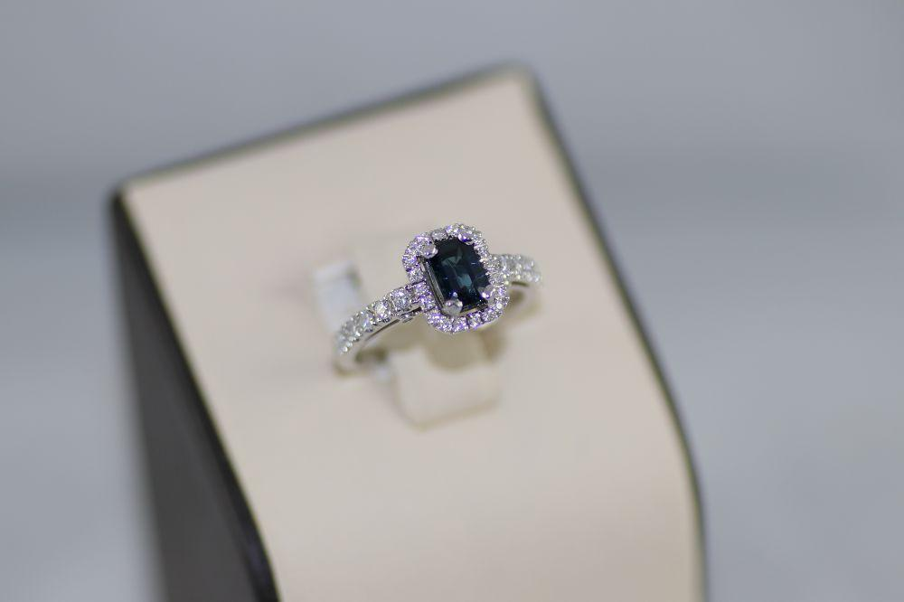 Sapphire Center Stone Ring