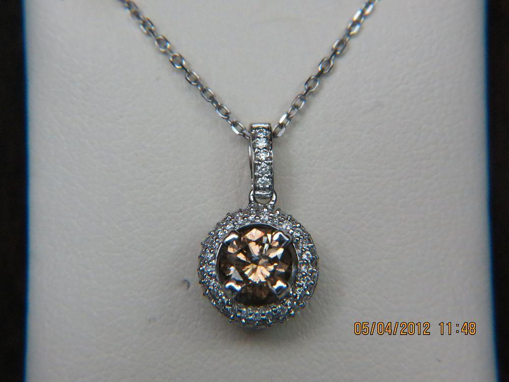 18K White Gold Champ Diamond Pendant