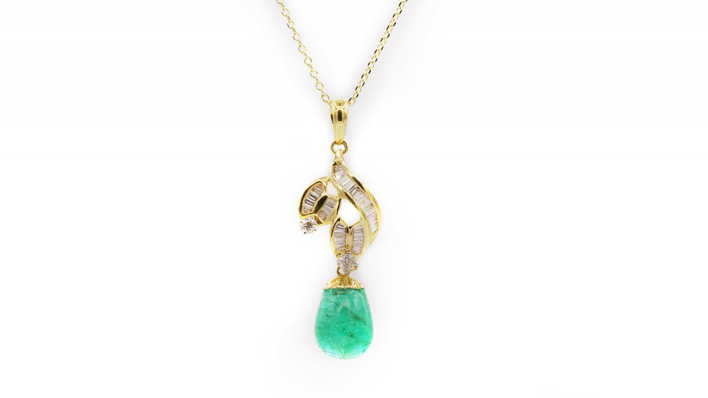 Cabochon Emerald Drop Pendant Necklace
