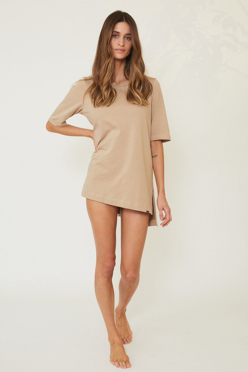 DAWN OVERSIZED BED TEE