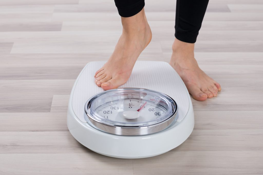 women sleeping with artificial light at risk for weight gain