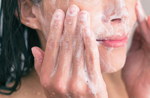 dermatologist's tips for the best way to wash your face