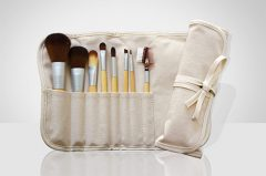 Learn how to clean your makeup brushes - cruelty free makeup brush set