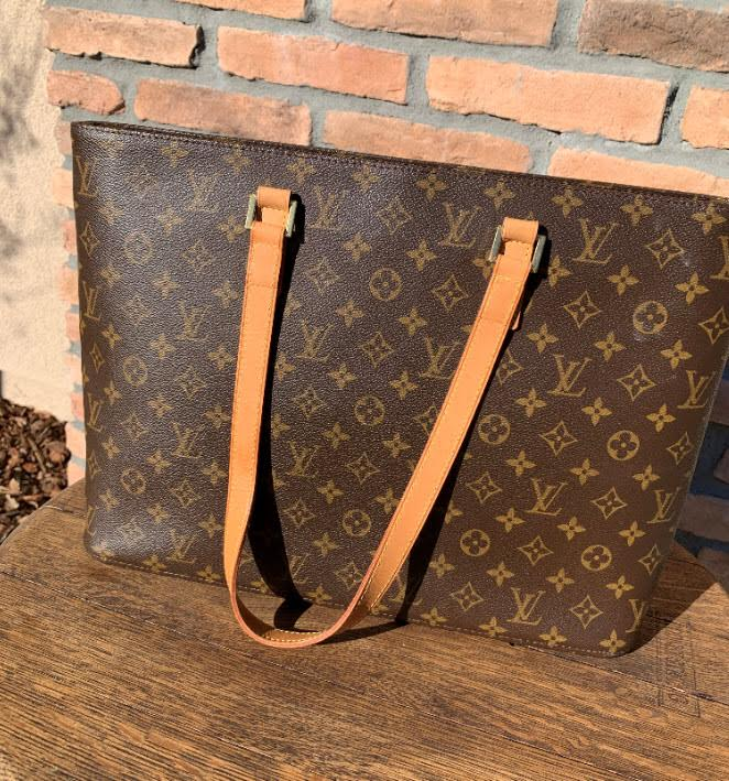 100% Authentic Louis Vuitton Luco Tote Bag Brown Monogram LV