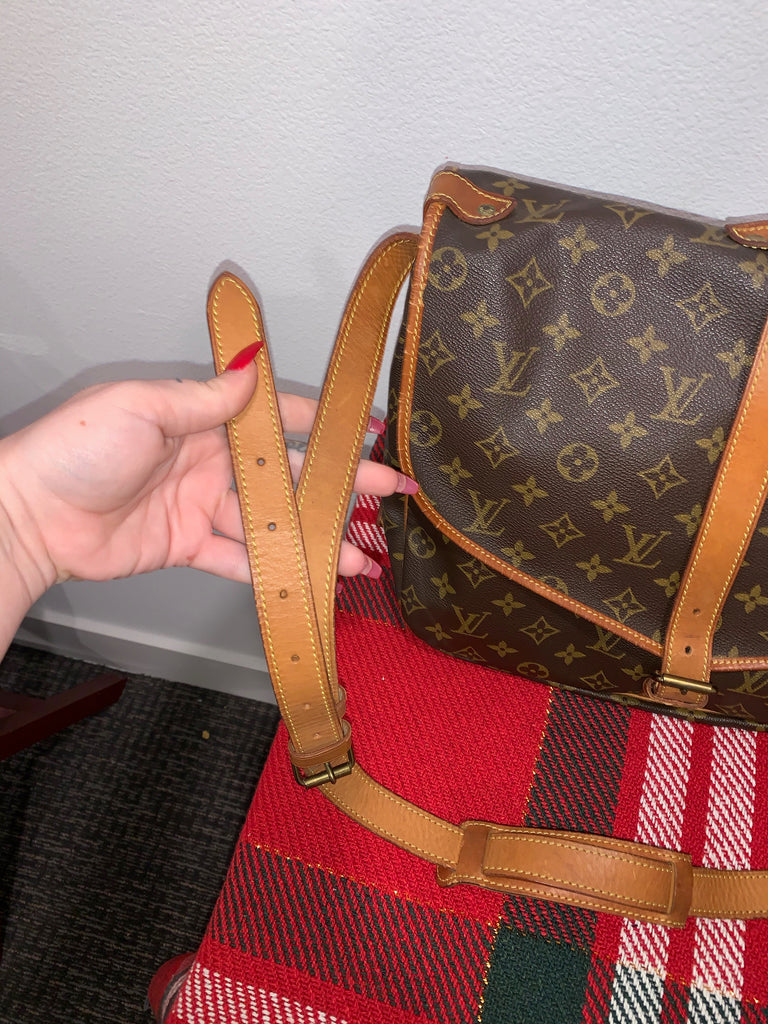 Authentic Louis Vuitton Saumur 35 Brown Monogram Crossbody Messenger Bag