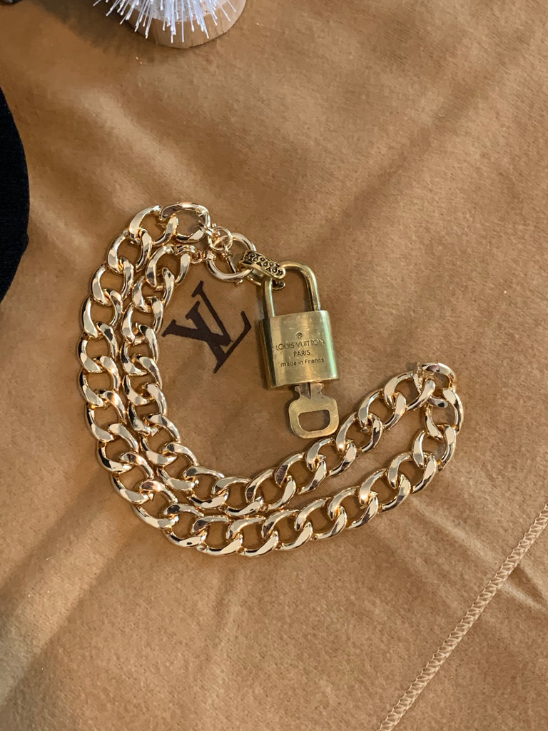 "Gold Chunky 16"" Necklace with Toggle with Louis Vuitton Lock and Key"