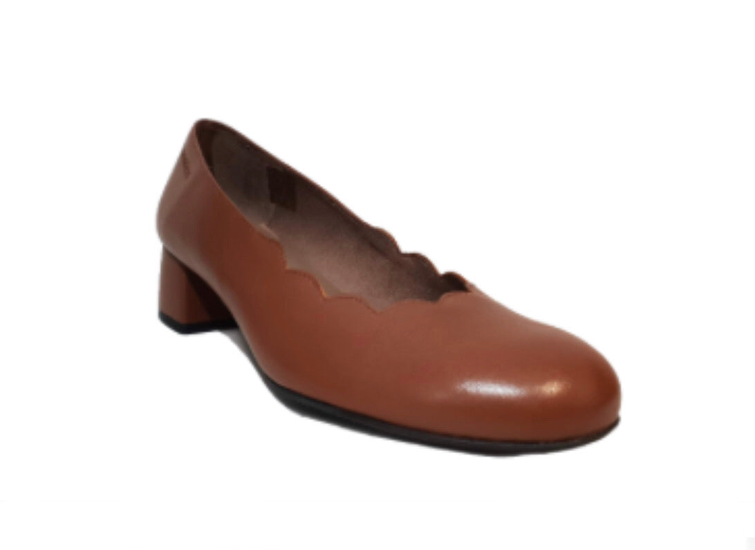 Wonders C-31104 Cuero Leather Court Shoe Made In Spain