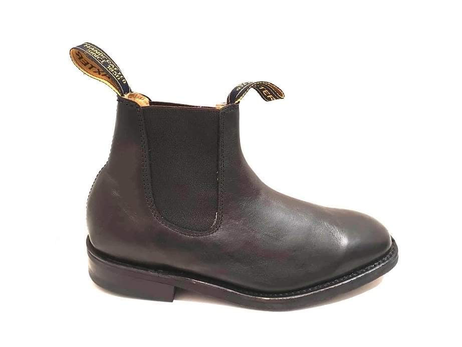 Baxter Saddler Black One Piece Leather Rubber Sole Chelsea Boot Made In Australia