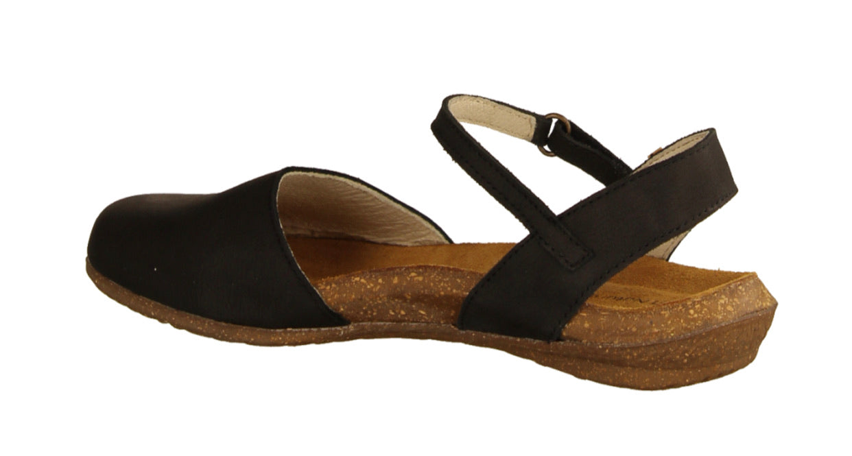 El Naturalista N412 Black Flats Sandals Made In Spain