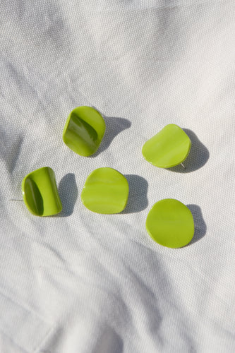 Mini ripple stud apple green
