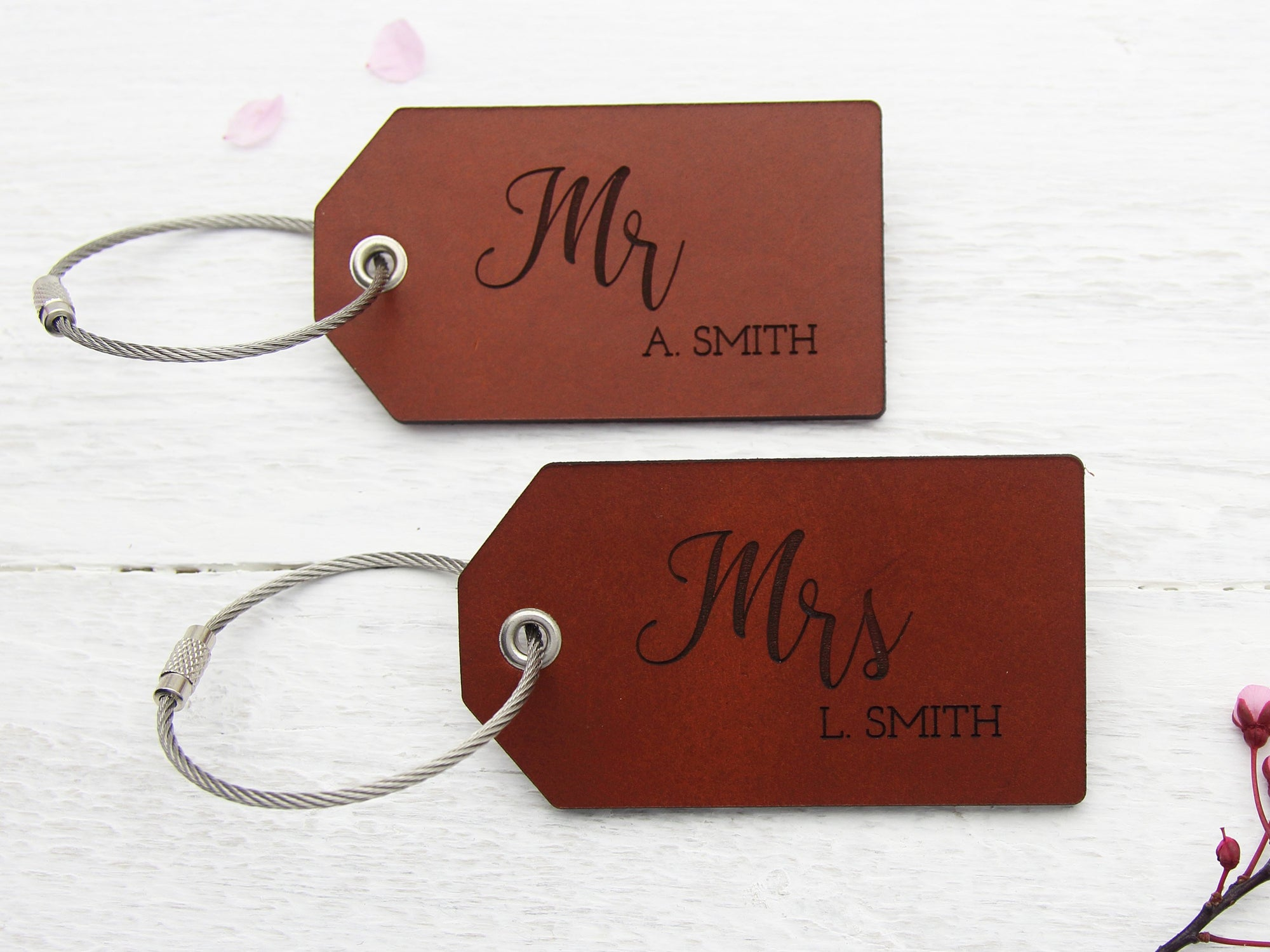 His and hers luggage tags