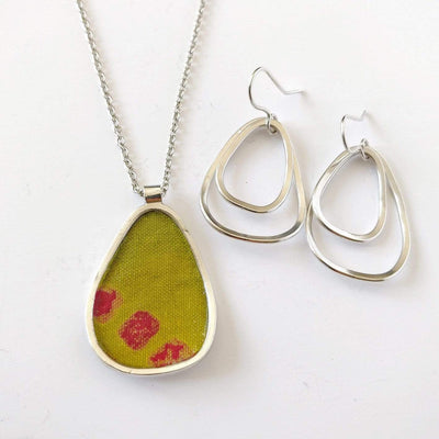 Pendant & earring set - Cotton