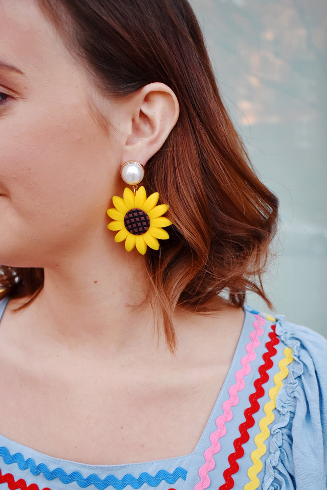 Sunflower & Pearl Earrings