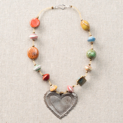 Necklace Multicolor with Scalloped Edge Heart