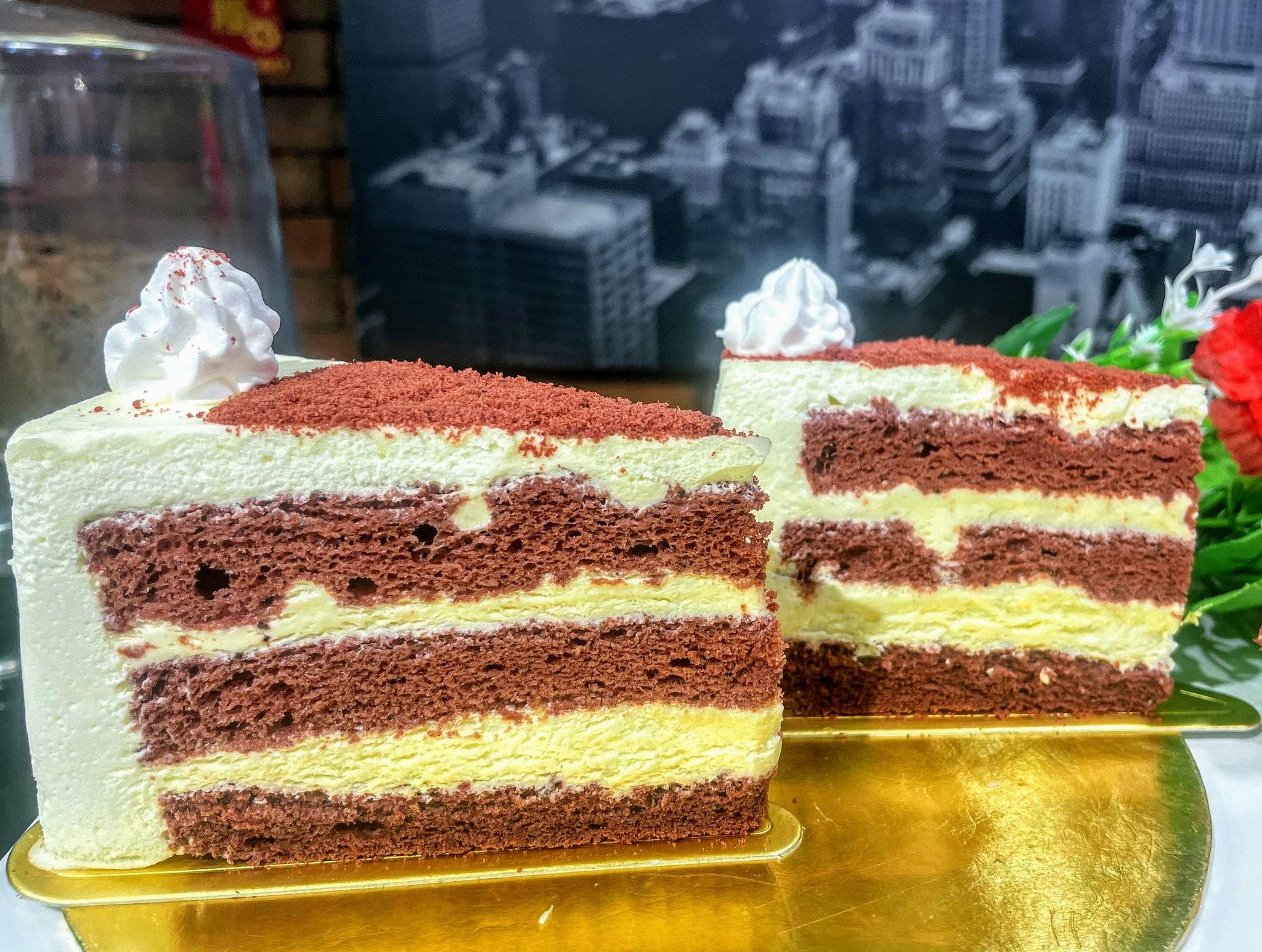 Red Velvet Light Cheese Sliced Mousse Cake (2 pcs)
