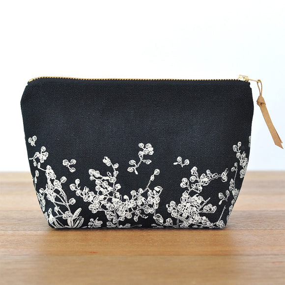 Gathered Pouch / Flat Bottom - Black