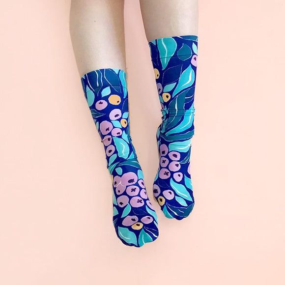 Lilly Pilly Print Julie White Socks