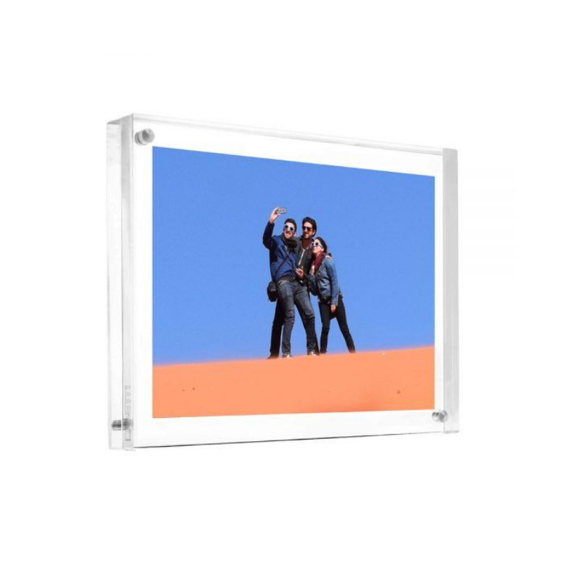 "The Original Magnet Frame®, Clear (8""x10"")"