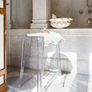 Charles Stool, Crystal