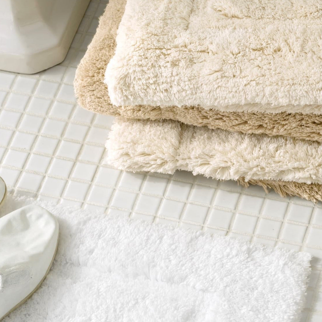 Milagro Bath Rug, White