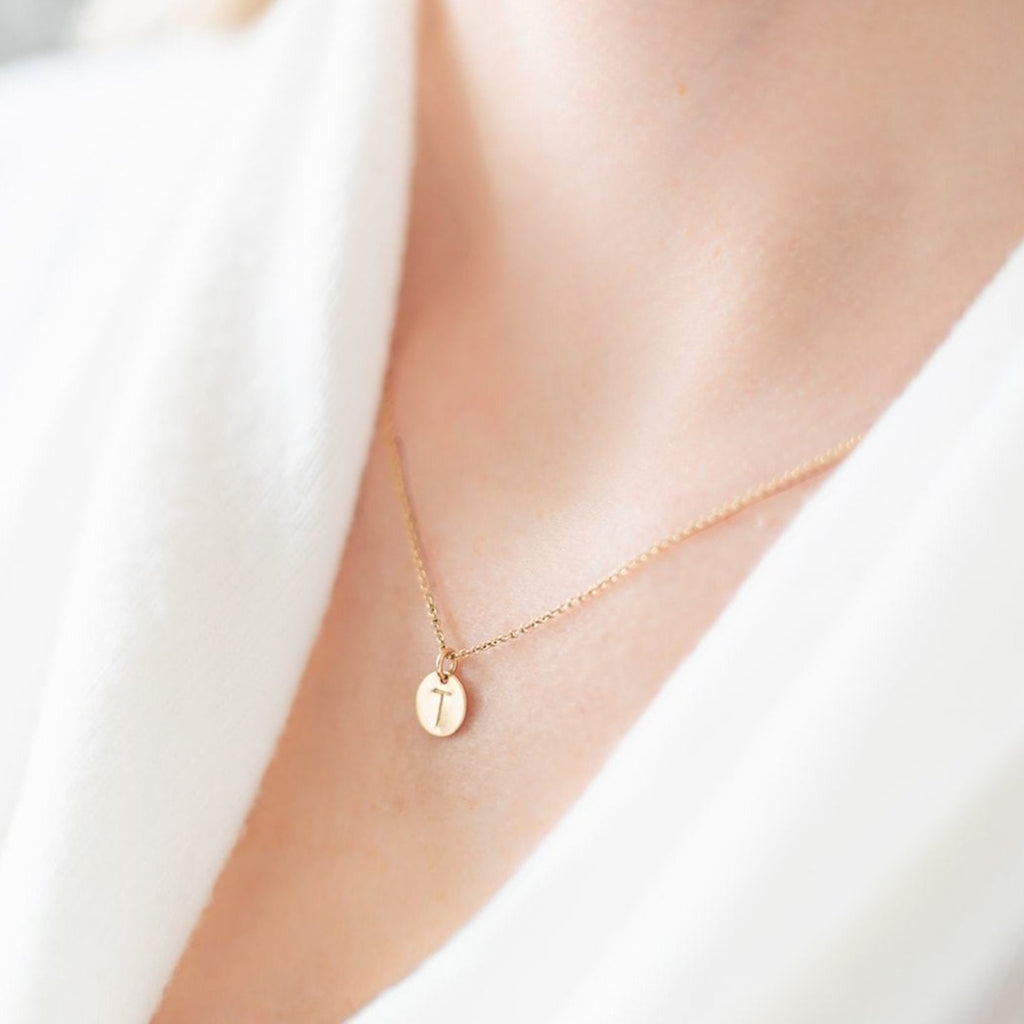 Small Round Disc Initial Necklace - Amelia Lawrence Jewelry