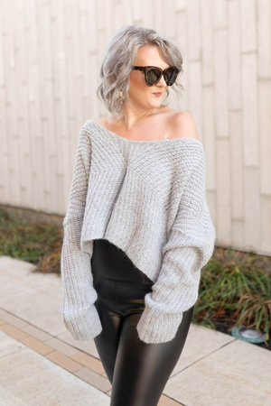 CASUAL VIBES SWEATER