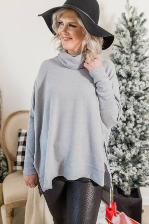 CHIC AND COZY SWEATER