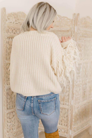 FRINGE FEELS SWEATER