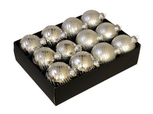 Load image into Gallery viewer, Christmas Balls 24 pcs - Silver