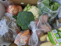 Two Sisters veg box