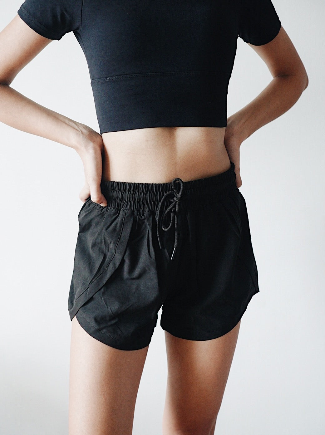 Chic Running Shorts - Black