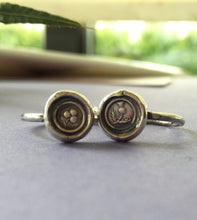Load image into Gallery viewer, Pair of stacking rings.... Shamrock and Thistle, emblems of Ireland and Scotland. Sterling silver stackable rings.  Antique wax letter seal