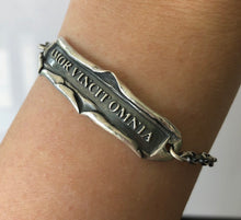 Load image into Gallery viewer, Silver Latin quote bracelet, handmade sterling 'love conquers all' cha in bracelet. 'amor vincit omnia'.