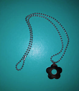 90s Flower Necklace