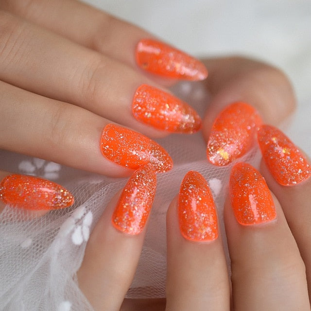 Juicy Glitter Nails
