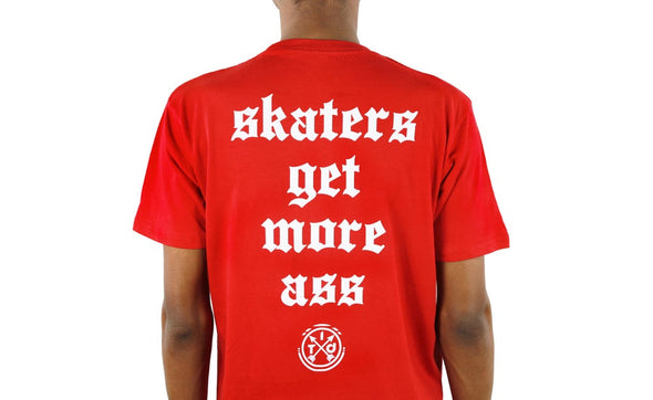SKATERS GET MORE ASS TEE RED