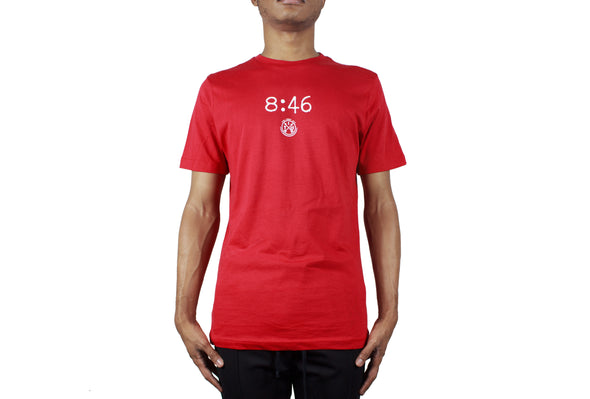 8:46 TEE RED
