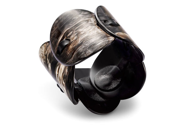 Five-piece Bracelet made of Dark Horn