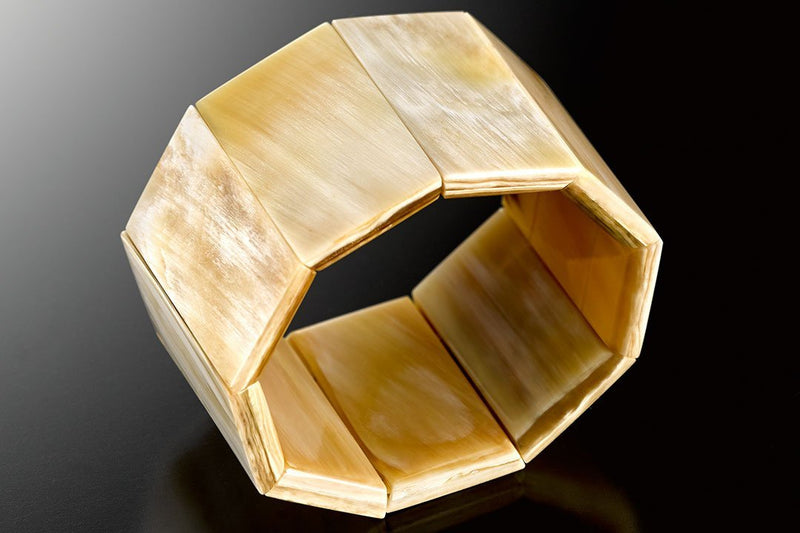 Polygon Bracelet made of Light Horn