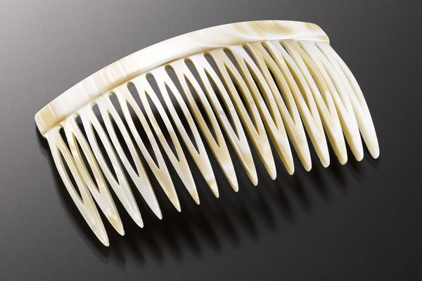 Large Recife Hair Comb made of Rhodoïd