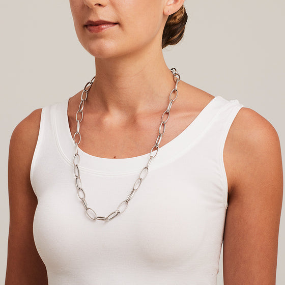 'Marcello' Oval Link Long Chain Necklace
